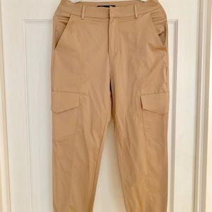 Silky cropped cargo pants.